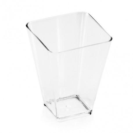 Kupić Pucharek square (kwadratowy) bankietowy z tworzywa przypominającego szkło, pojemność 60ml, waga sztuki 9g, wymiary 40 x 45 x 60mm.
