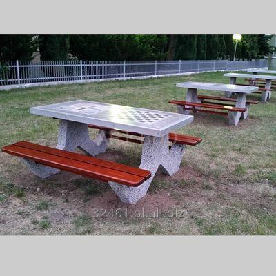 Kupić Stół betonowy piknikowy z ławkami blat z dwoma planszami do gry