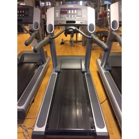 Kupić Używana bieżnia Life Fitness 95TI, Clean Working Condition