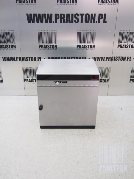 Купить Инкубатор (инкубатор) MEMMERT INE 500