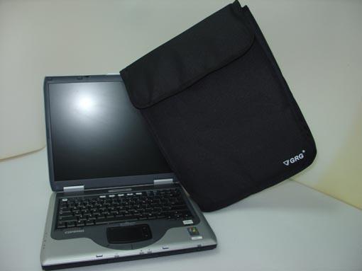Kupić Pokrowiec na laptopa pianka 1 cm