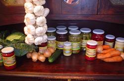 Kupić Warzywa kwaszone w beczkach i wiadrach