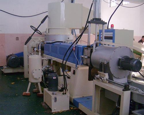 Kupić Linia do regranulacji LDPE,HDPE i PP typ HNT-120(V) Firmy KWEEN