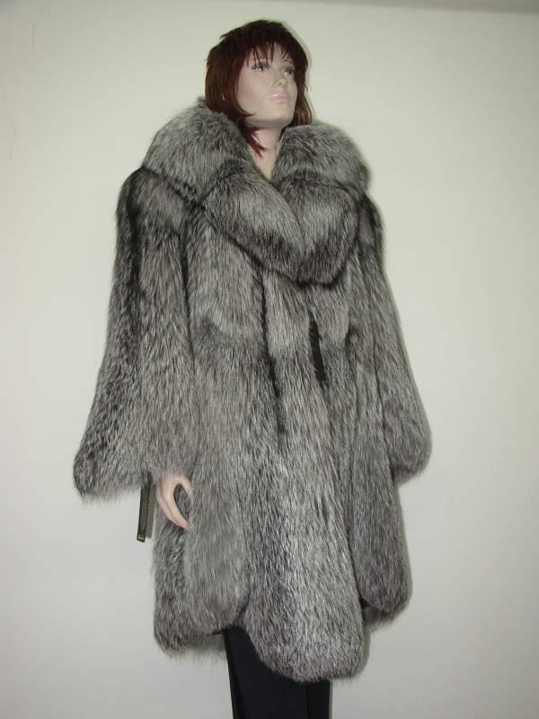 Kupić Płaszcz z lisów srebrnych