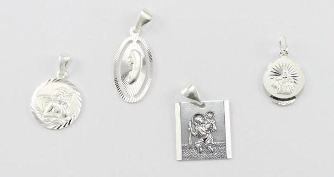 Kupię Medaliki srebrne z wizerunkiem Świętych