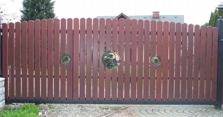 Bramy ogrodowe drewniane