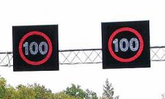 Znaki i tablice drogowe o zmiennej treści (VMS –