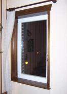 Okna z drewna sosnowego lub meranti z okuciami Roto