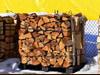 Drewno bukowe. Drewno takie bardzo długo się pali