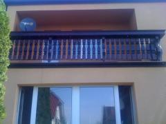 Balustrady drewniane balkonowe