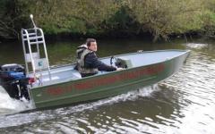 Solidna uniwersalne łódź aluminiowa dostosowana do