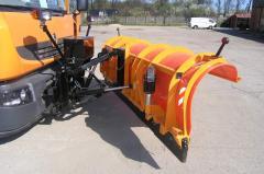 Pługi odśnieżne ze sterowaniem hydraulicznym. Snow ploughs.