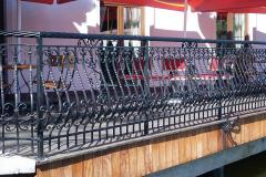Balustrady żeliwne