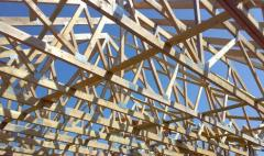 Więźba dachowa prefabrykowana, projektowana komputerowo.