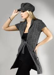 Modny sweter damski- wiązany