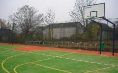 Boiska piłkarskie i wielofunkcyjne, korty tenisowe