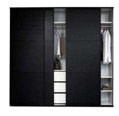 Szafa ubraniowa z drzwiami przesuwnymi