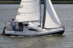 Ślepsk S - 700, łatwy w obsłudze jacht kabinowy o
