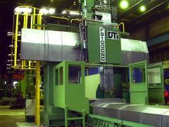 Frezarki bramowe FB 100 CNC