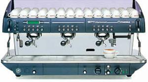 Ciśnieniowe ekspresy do kawy FAEMA