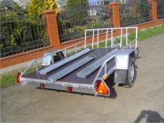 Przyczepo-lawety pod transportu motocykli