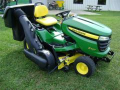 Kosiarka John Deere traktorek X540