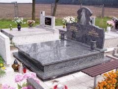 Pomniki podwójne