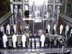 Maszyna napełniająca i zamykająca RTS-4