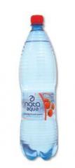 Woda Nata delikatnie gazowana truskawkowa.