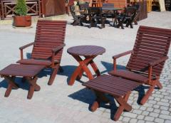 Meble drewniane ogrodowe z wysokiej jakości drewna.