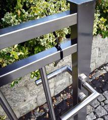 Fences made ​​of stainless steel