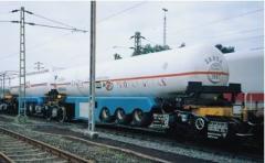 Cysterny kolejowe do transportu towarów zarówno koleją jak i drogą