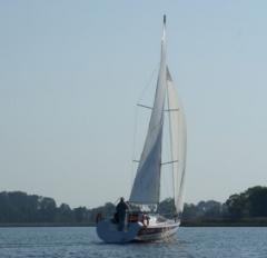 Jacht  ATS32