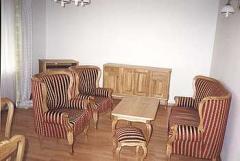 Komplet stołowy wykonany z dębu