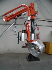 Manipulator pneumatyczny - aplikacja do