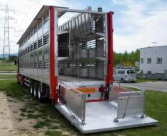 Trailers for transporting of pigs