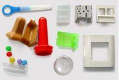 Products from molded plastic