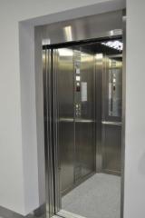 Dźwigi (windy)  z możliwością przewozu osób