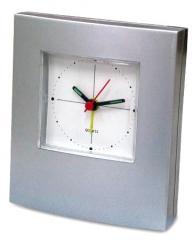 Zegar z budzikiem srebrny
