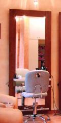 Meble do zakładów fryzjerskich