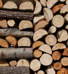 Drewno do kominków.