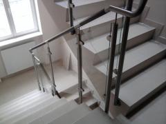 Poręcze metalowe ze szkłem