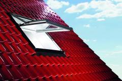 Wysokoosiowe okno dachowe Designo R7