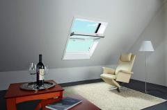 Obrotowe okno dachowe Designo R4