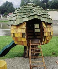 Houses from profiled timber