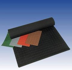 Skid resistant coatings