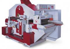 Multi-sawing tools machine