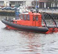 Wersja łodzi dla ratownictwa brzegowego przeznaczona jest dla służb ratowniczych do prowadzenia akcji poszukiwawczych i ratowniczych.