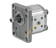 Unregulated hydraulic pumps
