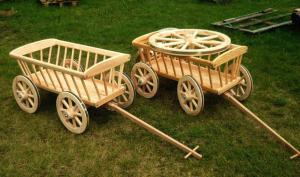 Wóz  drewniany